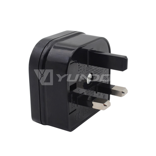 5732 fused plug socket adapter 2 pin to 3 pin travel adapter euro to uk power plug