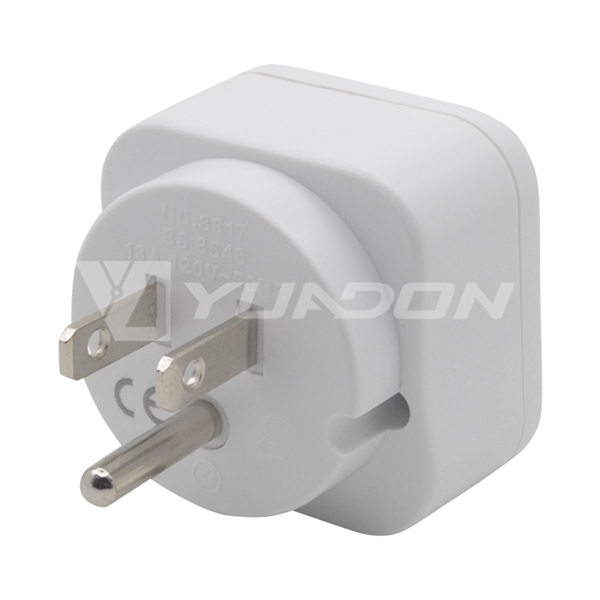UK to American plug Travel adapter