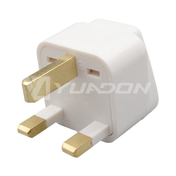 Type G UK Universal AU USA EU to UK 3 Pin Cyprus AC Power Plug Travel Adapter